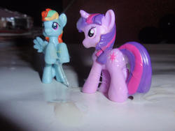 character:rainbow_dash character:twilight_sparkle cum cum_on_toy toy:blindbag // 1600x1200 // 426.1KB