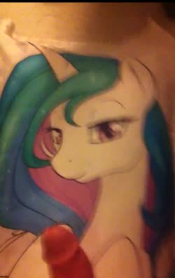 character:princess_celestia cum cum_on_dakimakura has_audio masturbation penis quality:720p vertical_video video // 720x1140 // 27.9MB
