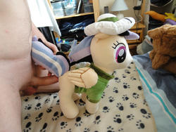 character:daring_do grinding male penis toy:plushie // 1200x900 // 333.4KB