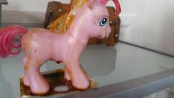 character:pinkie_pie_(g3) cum cum_on_toy dried_up_cum fetish:cum_jar toy:brushable // 958x539 // 45.2KB