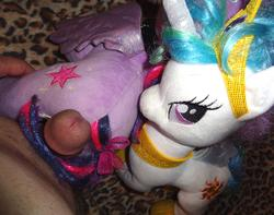 character:princess_celestia character:twilight_sparkle grinding male penis toy:build-a-bear toy:plushie // 2411x1904 // 447.5KB
