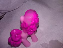 character:pinkie_pie cum cum_on_toy toy:blindbag // 1280x960 // 221.3KB