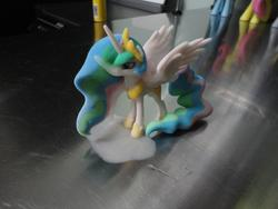 character:princess_celestia cum cum_on_toy toy:statue // 2592x1944 // 1.1MB