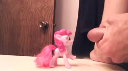 character:pinkie_pie cum cum_on_toy male masturbation no_audio penis quality:720p toy:mcdonalds video // 1280x720 // 2.9MB