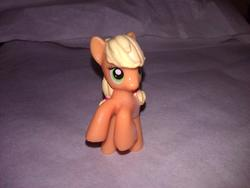 character:applejack cum cum_on_toy toy:blindbag // 1280x960 // 192.3KB